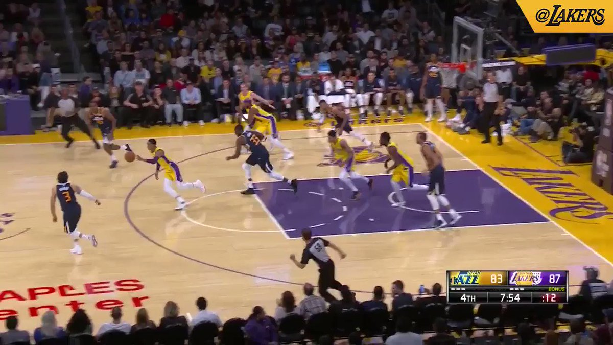 JC turns on the jets and finishes through contact #LakeShow (��: @SpectrumSN, @spectdeportes, & ESPN) https://t.co/Hri7mmlIl9
