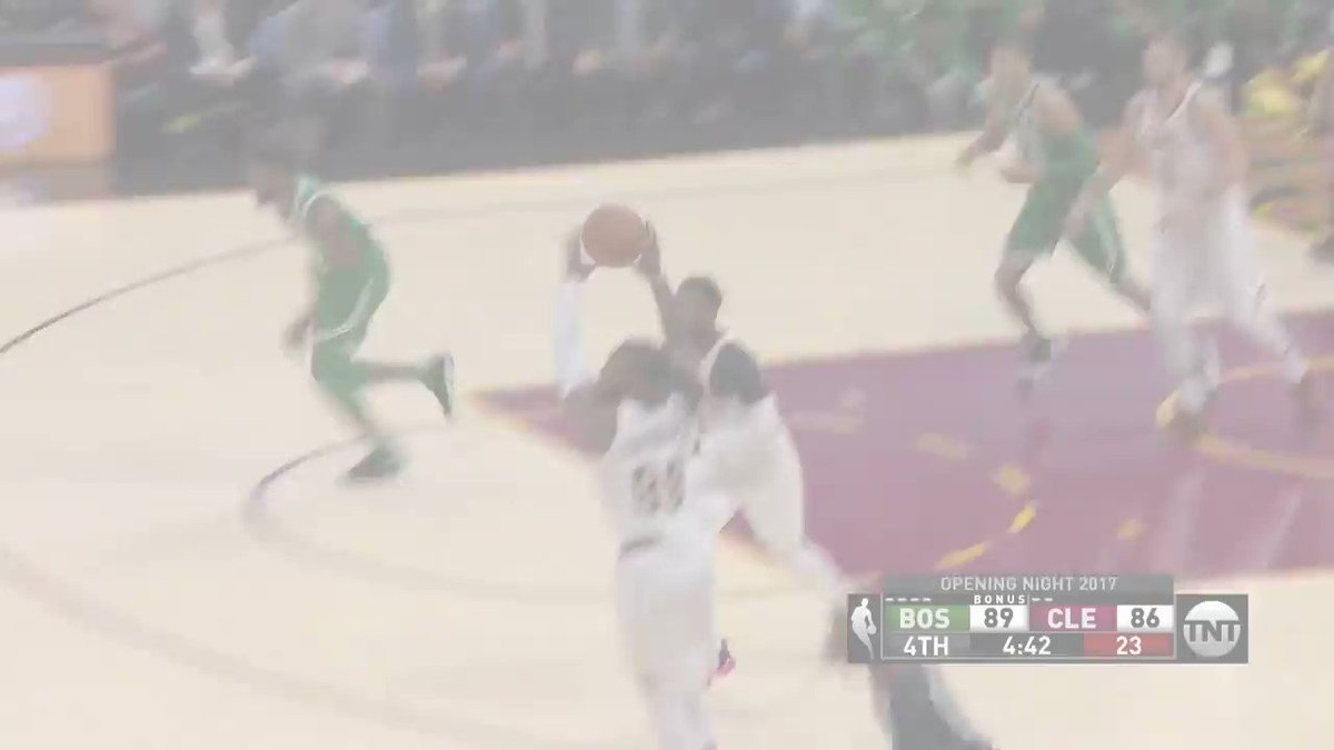 The @Cavs and @Celtics go down to the final buzzer to open up the season! #KiaTipOff17 https://t.co/6Z0g620onY