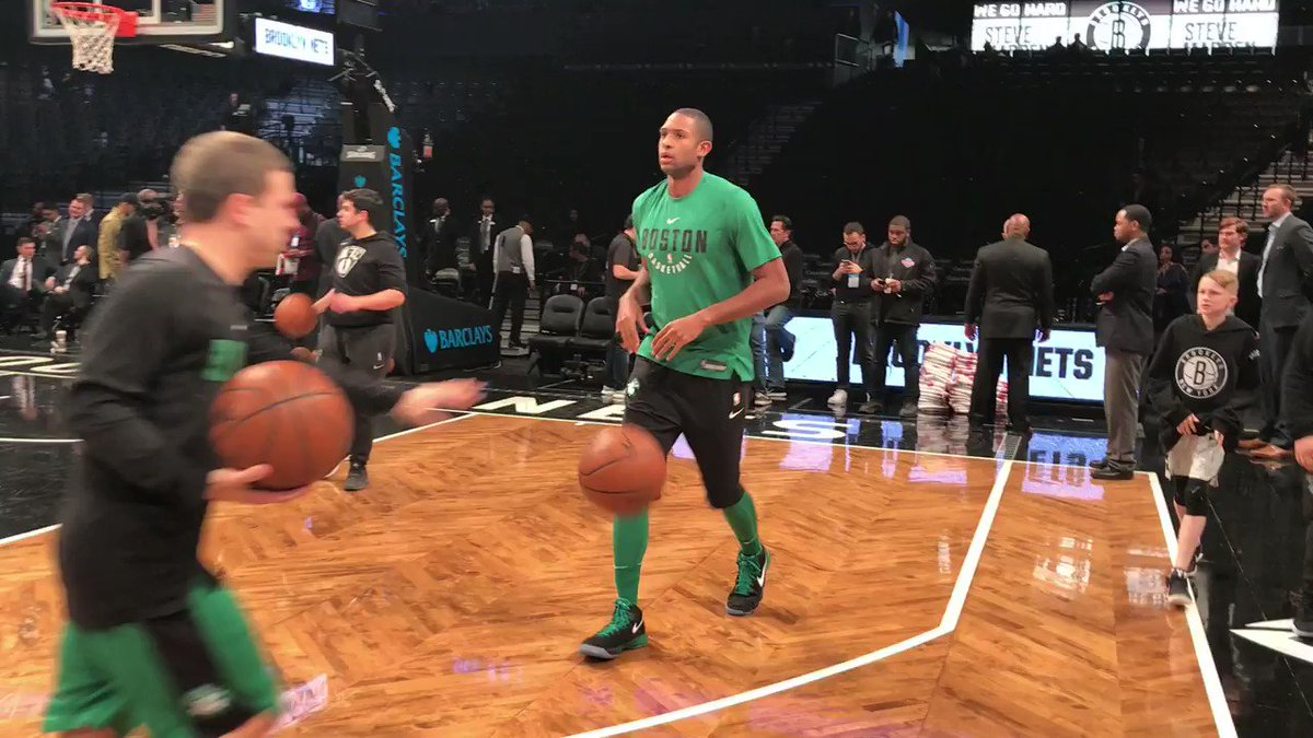 Al Horford (15.2ppg, 8.7rpg, 4.7apg) works on his pick & pop ahead of tonight's #Celtics action. https://t.co/Zs67ALAPuC