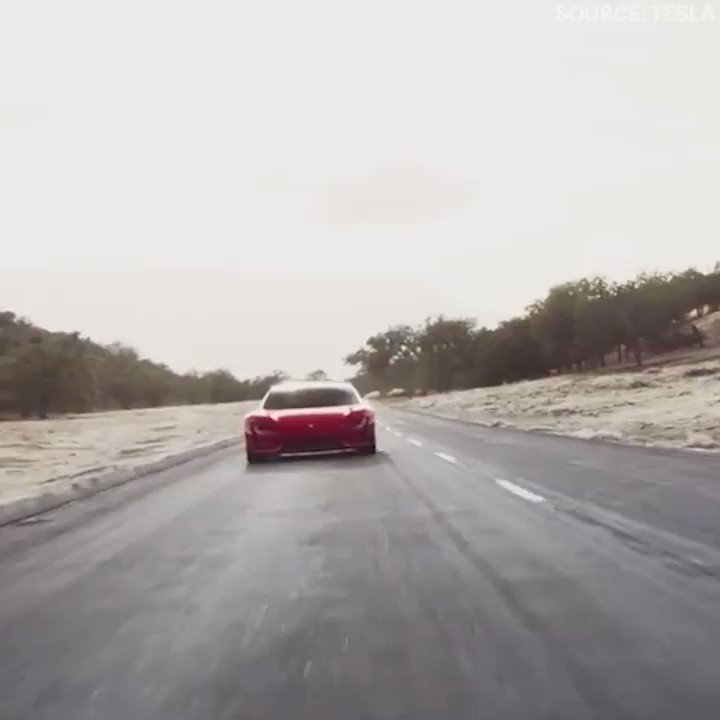 Tesla's is making the fastest production car on the planet https://t.co/RUb7hsHqld