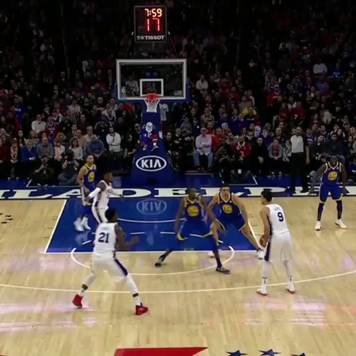 No team had scored 40 in a quarter against the Warriors this season.  The Sixers just put up 47 in the first. https://t.co/jrejW5siGm
