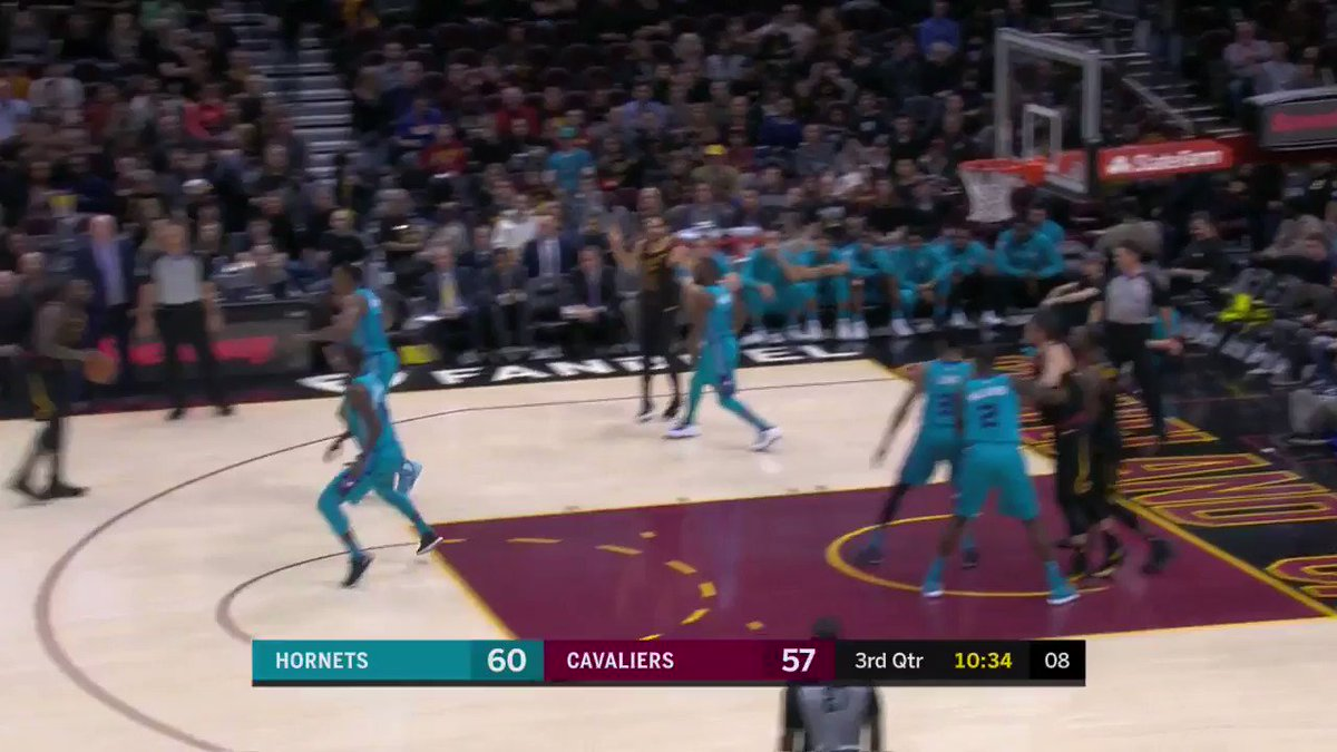LeBron James from the logo!  @cavs x @hornets is underway in the second half on @NBATV. https://t.co/0lbBdrnPBx