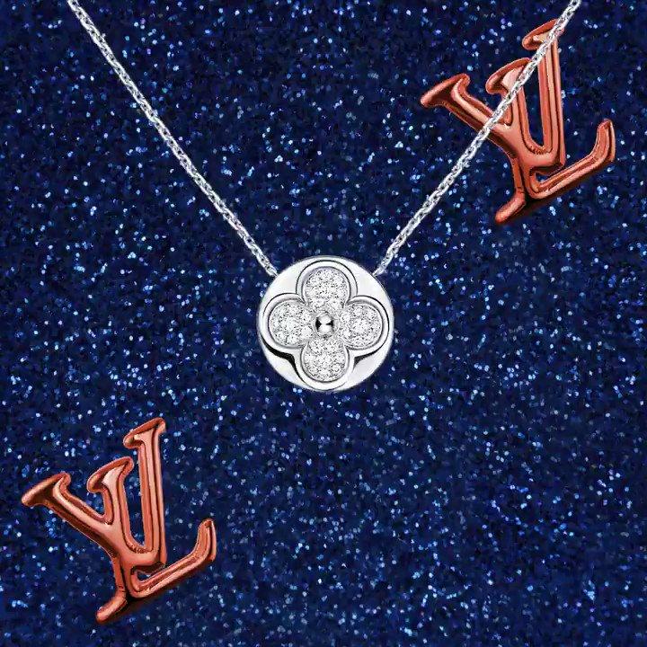 繊細なダイヤモンドのモノグラム・フラワーがフェミニンで美しい輝きを放つジュエリーは、ホリデイギフトにもぴったり。 https://t.co/kOYCkHrsds #LouisVuitton #LVGifts https://t.co/ppws7KjH8K