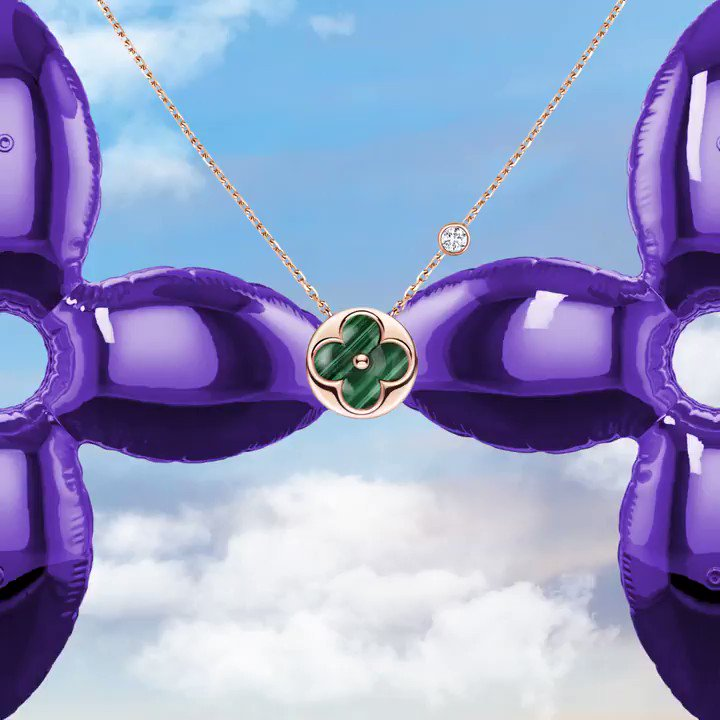 モノグラム・フラワー型のマラカライトとダイヤモンドが美しい煌きを放つピンクゴールドのペンダント──ホリデイシーズンの装いをフェミニンに。 https://t.co/YuuByG8Mue #LouisVuitton #LVGifts https://t.co/aJA7UMEVNT