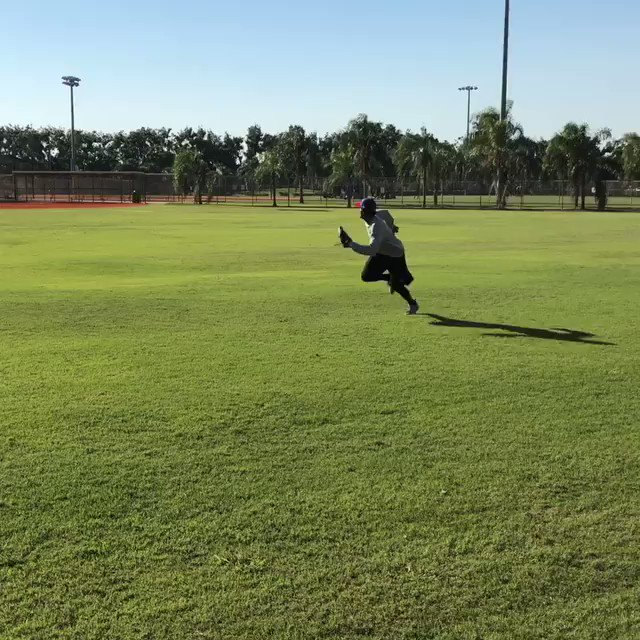 .@FlashGJr is already hard at work.  More from Dee: https://t.co/7o7nydV6to https://t.co/GHon81J7hG