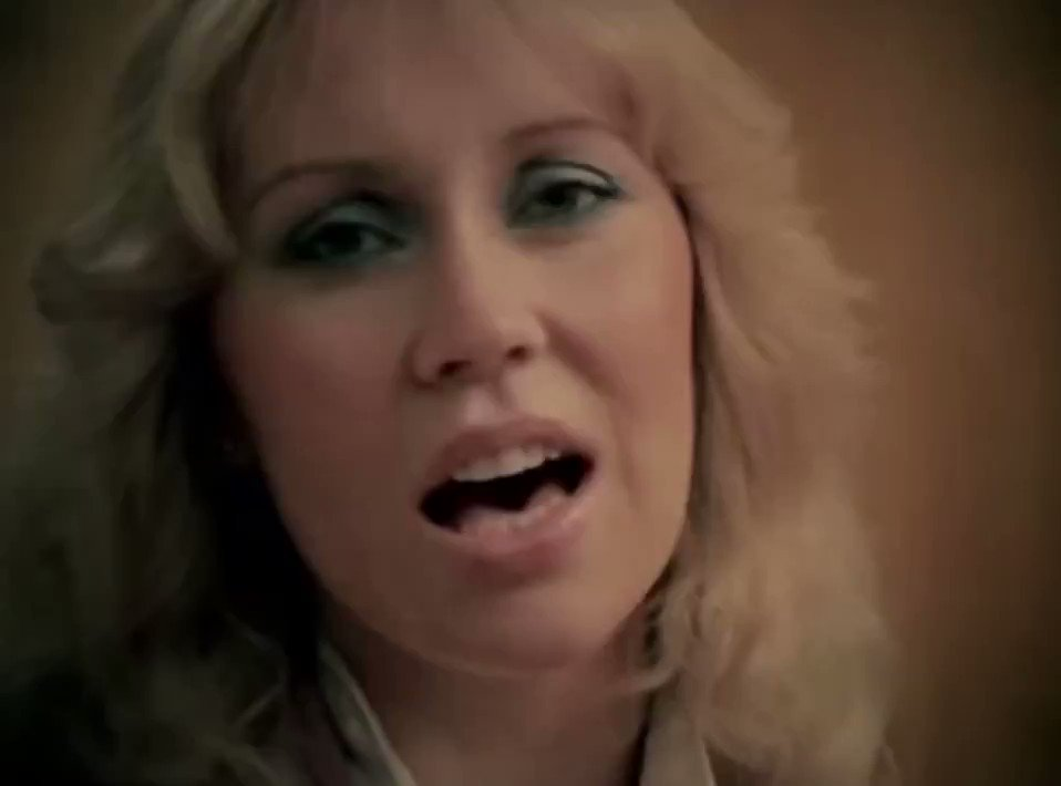 Now's the time for us to say … #HappyNewYear https://t.co/3MAMC0F6Id ��  #ListenToABBA https://t.co/YXfgscn1Vc