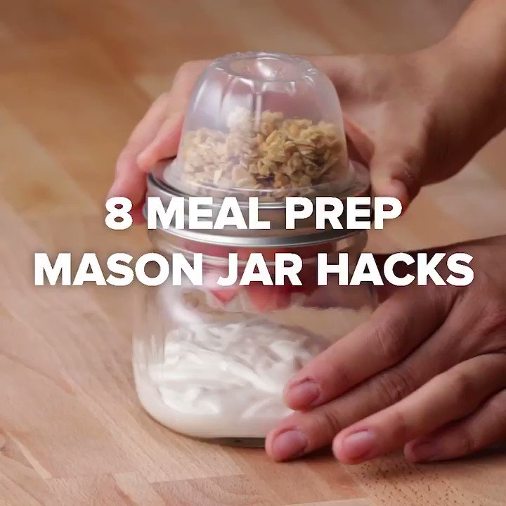 Make mornings easier with these 8 Mason jar meal prep hacks! 👌 https://t.co/wRCEmtxBYU