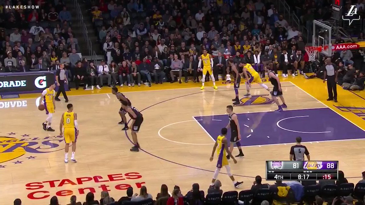 Brandon Ingram throws down the lob from Zo #NBAVote (��: @SpectrumSN, @spectdeportes, & NBA TV) https://t.co/OyrQLKGiwU
