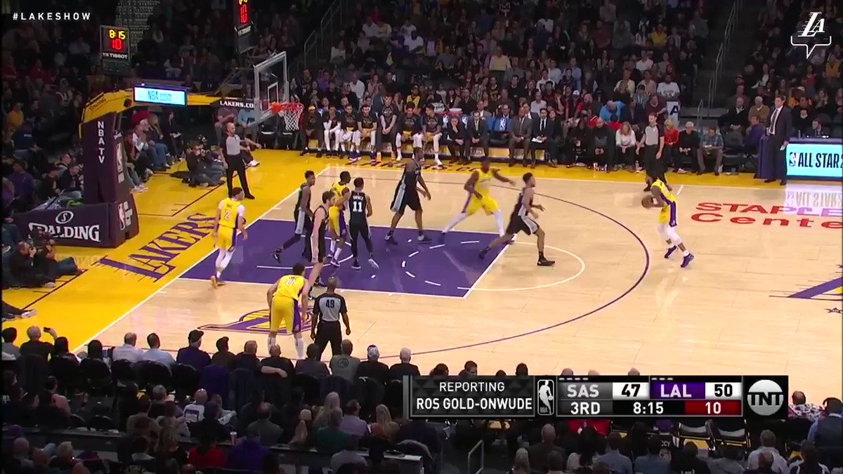 Brandon Ingram hesitates and finishes through contact with a high-arcing shot #NBAVote (��: TNT) https://t.co/A25Gp7Jf5l
