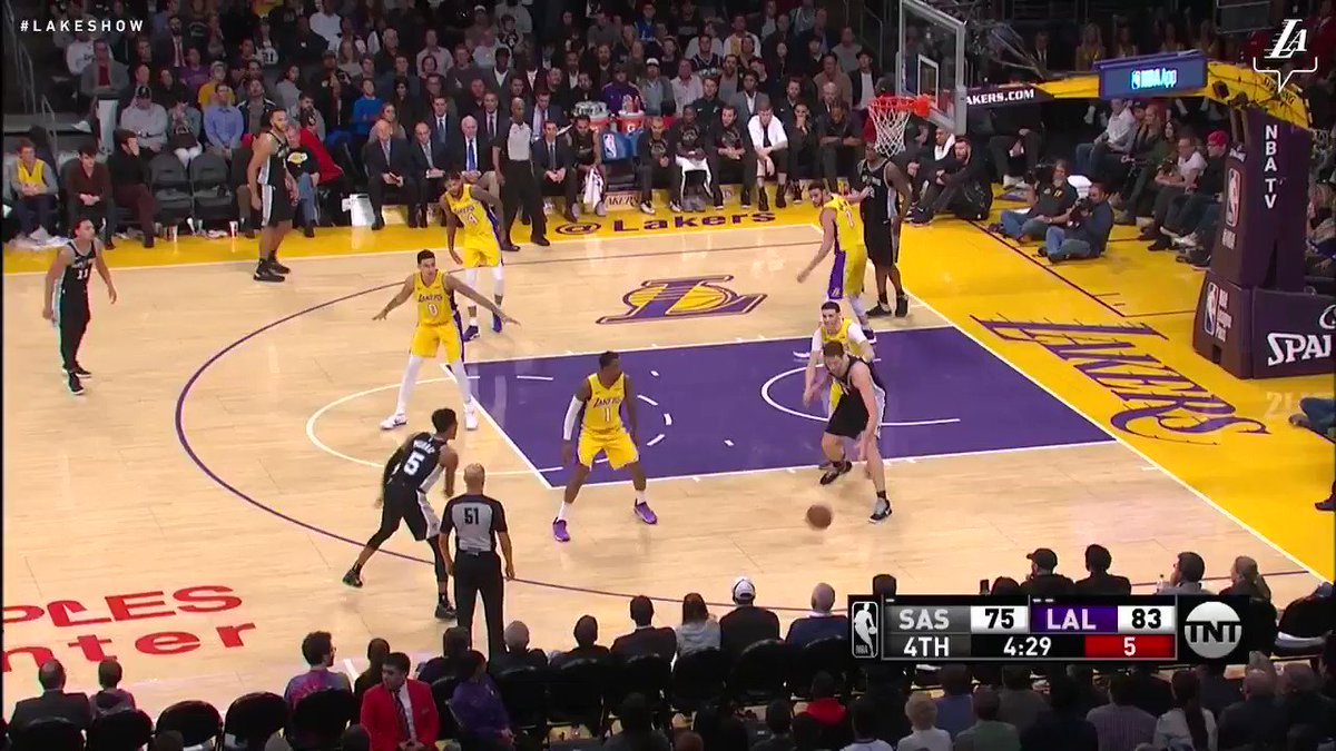 Larry's doing everything right now as he sends Gasol's shot into the seats #LakeShow (��: TNT) https://t.co/vwx5E7spKv