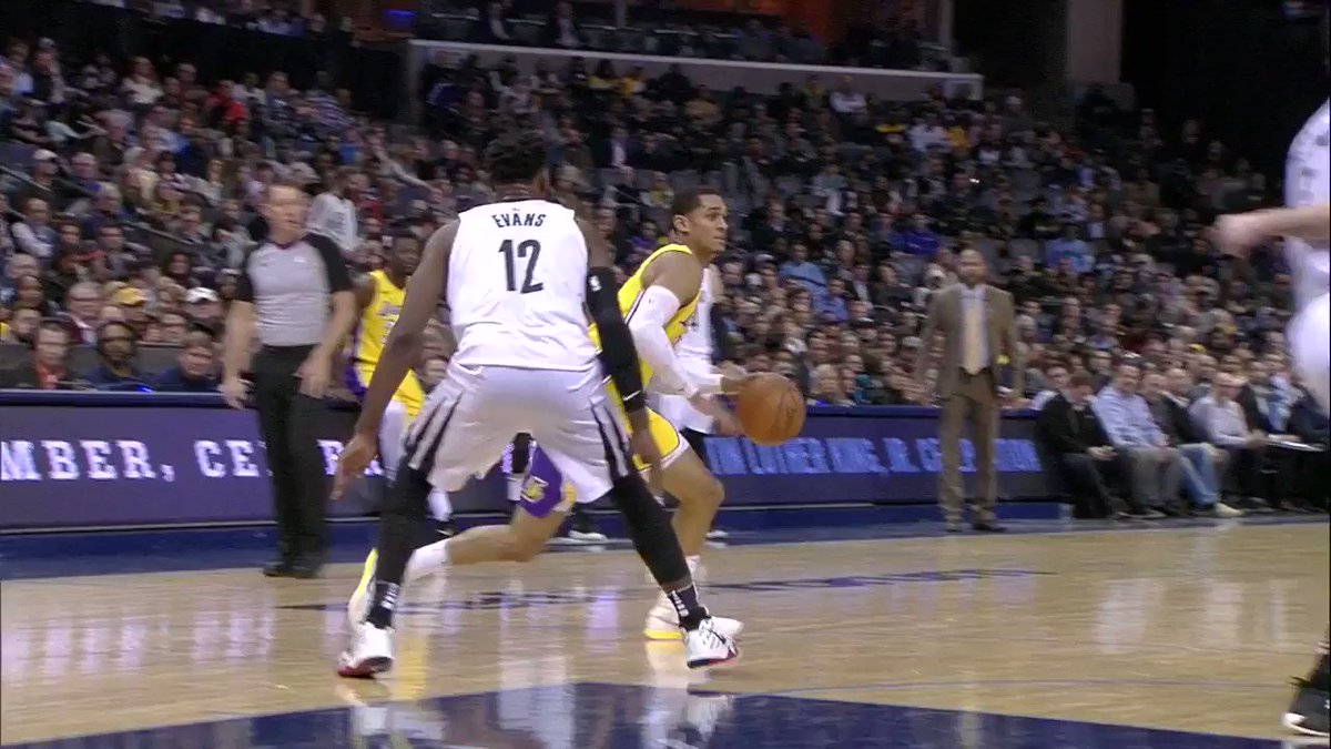 This is FILTHY, @deyonta_davis21! �� https://t.co/i6m8rJcrRY