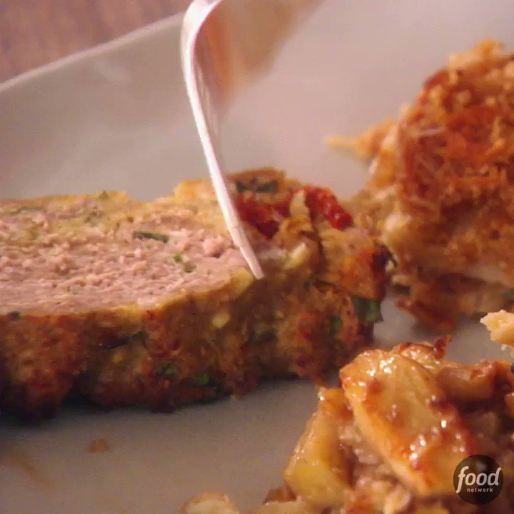 Recipe of the Day: Giada's Turkey Meatloaf https://t.co/U7wvTIvGDl. https://t.co/vQZwfxJo1g