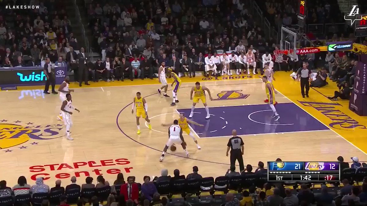 �� Jordan Clarkson got warmer as the game went on, finishing with 33 points, 7 boards, and 7 assists #LakersWin https://t.co/9ZWjnv3NOB