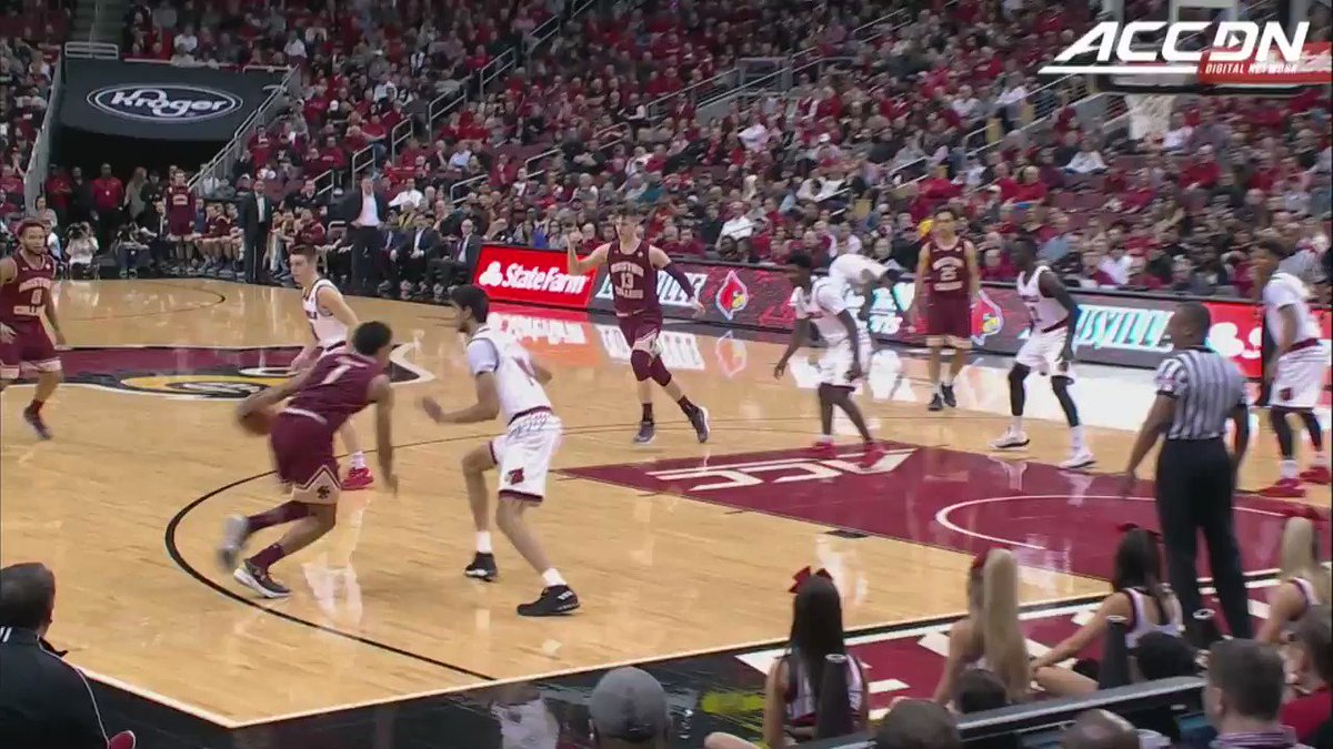 .@LouisvilleMBB's defense came out ready today against Boston College. 🔒⬇️ https://t.co/mbceXsC7Lp
