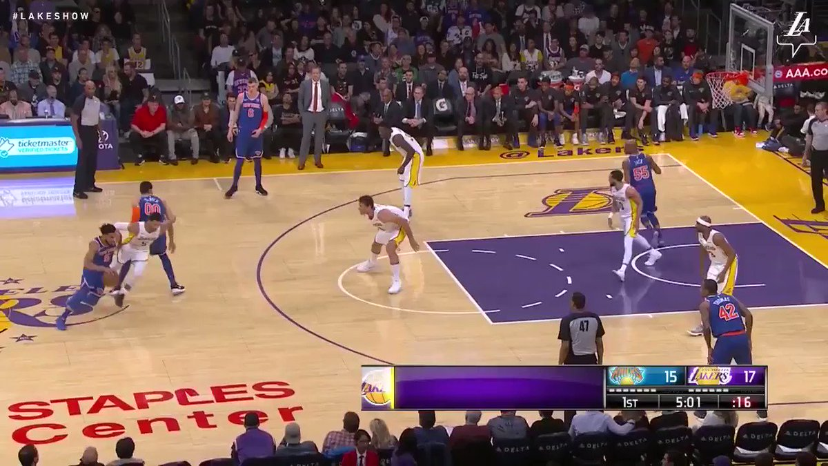 �� Lakers record their fifth straight home victory after this afternoon's 127-120 win over the Knicks. #LakersWin https://t.co/Wh2BsVFOUj