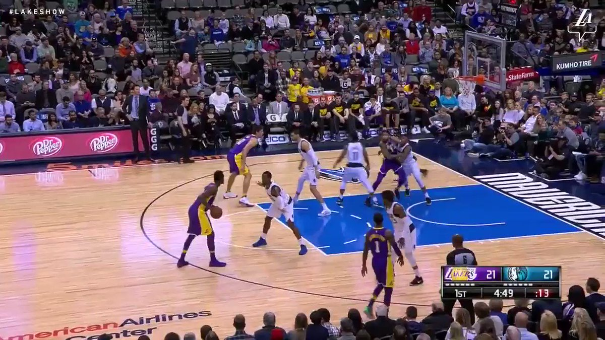 Isaiah Thomas connects from deep on his first shot as a Laker #LakeShow (��: @SpectrumSN & @spectdeportes) https://t.co/pHoMIvVo4s