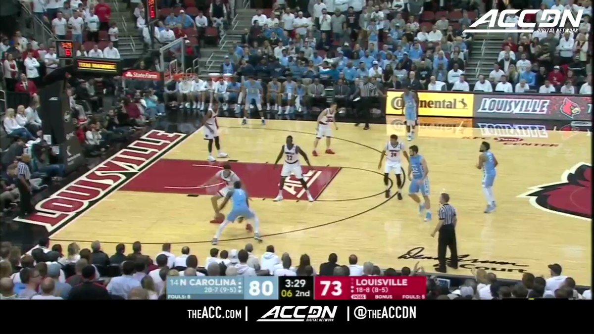 .@UNC_Basketball's Luke Maye is always good for some clutch buckets! 👌 https://t.co/UWR0DK5AXv
