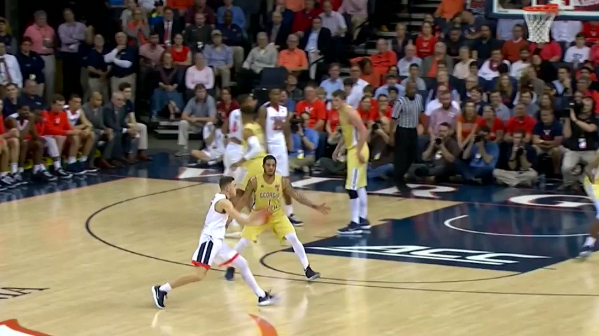Ty Jerome with that smooooth touch in @UVAMensHoops 65-54 victory tonight. #HoosTogether https://t.co/COVoZxkmvo