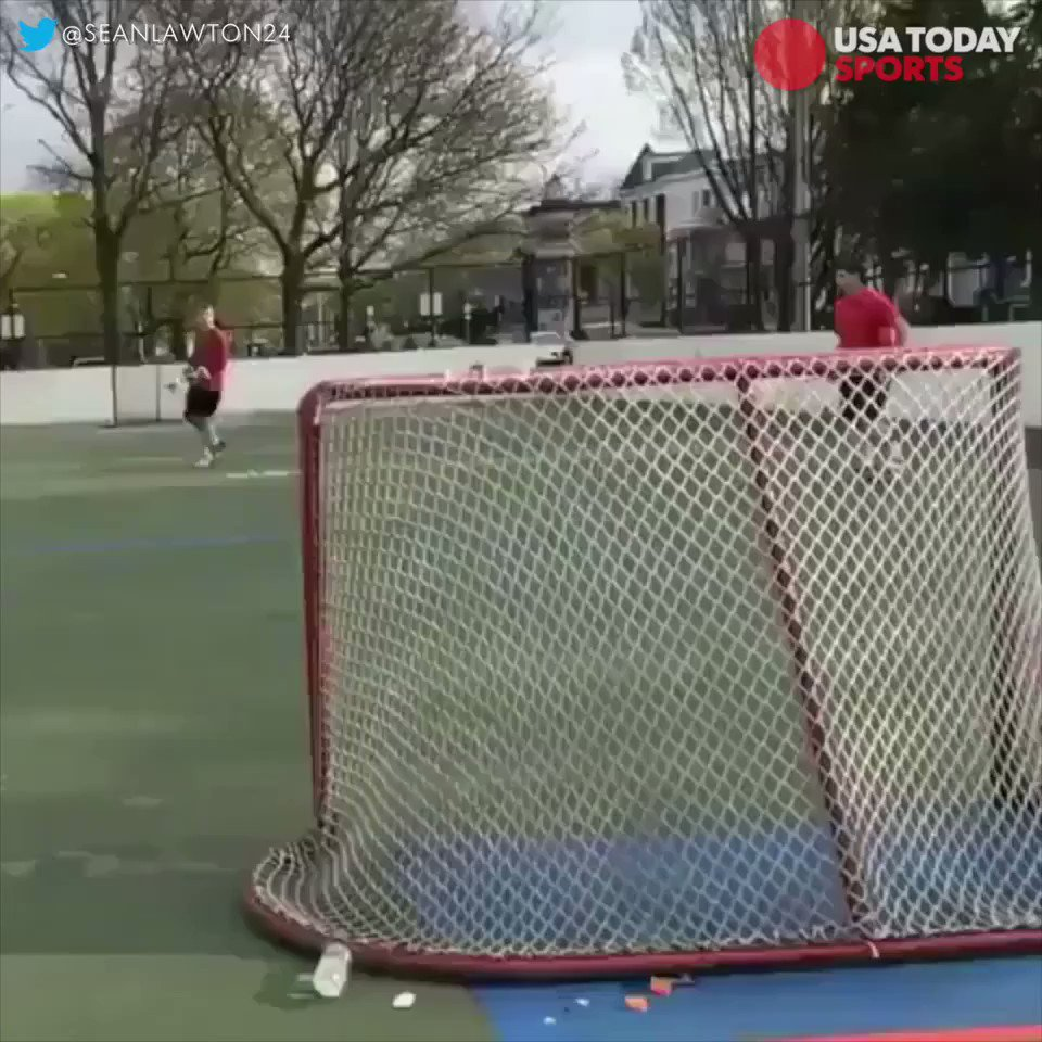Major League Lacrosse players @SeanLawton24 and Jack Murphy teamed up for this awesome trick shot. https://t.co/ia9ebx3Zf2