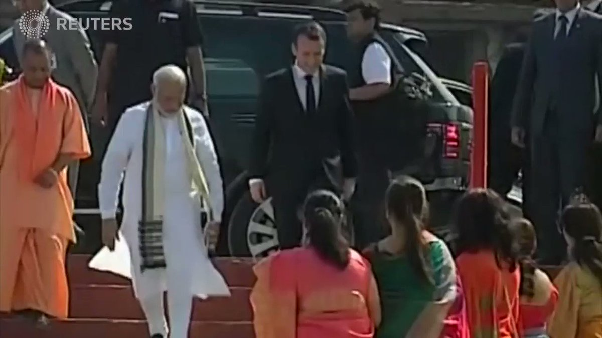 Macron and Modi take boat ride on India's Ganges river https://t.co/TWsHKtBWMD https://t.co/qrkWDoIx6B