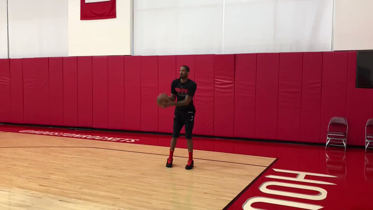 Trevor Ariza (12.1ppg, 42.5 FG%) gets shots up!   �� #RocketsAllAccess https://t.co/zeeHu7O9tK