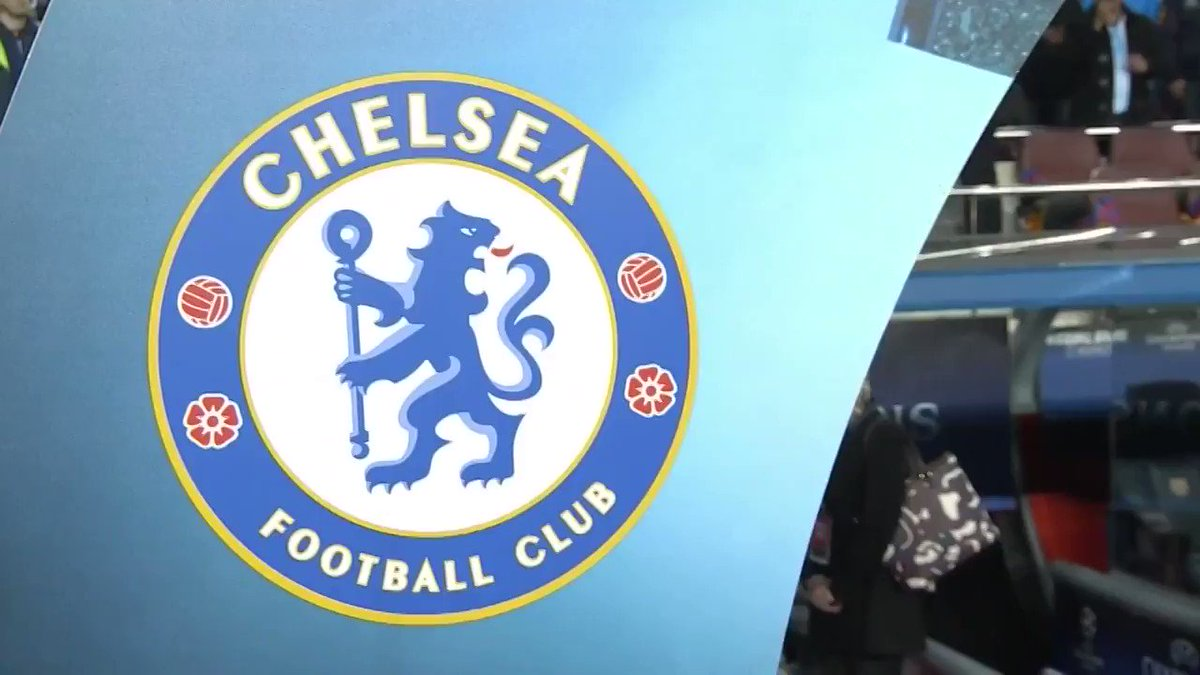 Here come the Blues!  They head out to warm-up at the Camp Nou! �� #BARCHE https://t.co/4ZUbLdqI7N