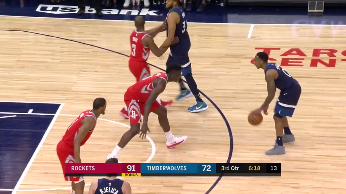 KAT dishes the #AssistOfTheNight to a cutting Bjelica #AllEyesNorth   ��: @NBATV https://t.co/mP3afPsTQk