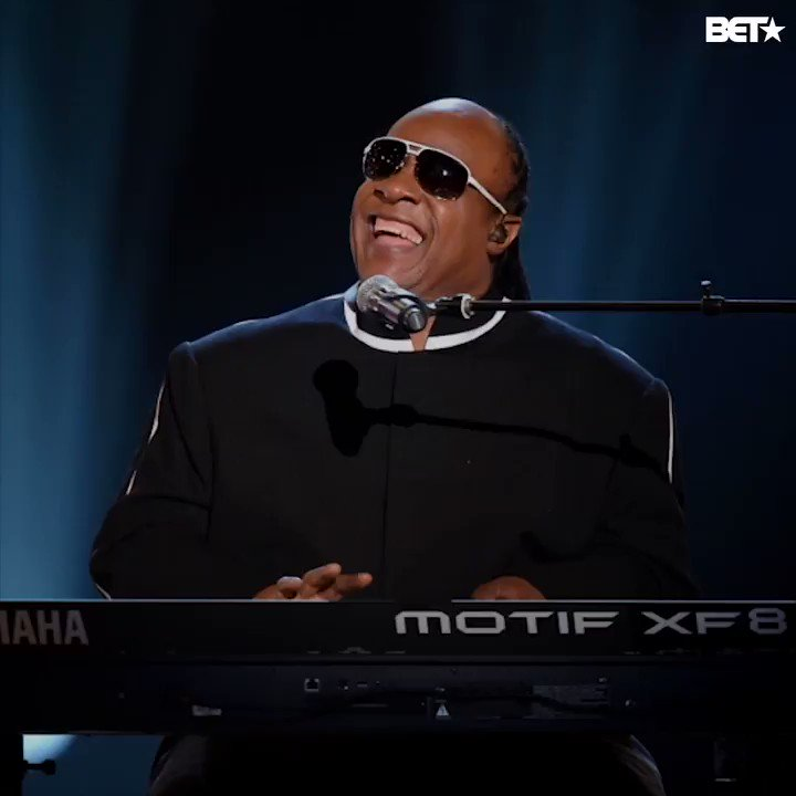Happy birthday to ya, happy birthday to the magnificent, @StevieWonder! https://t.co/mlaEe03omG