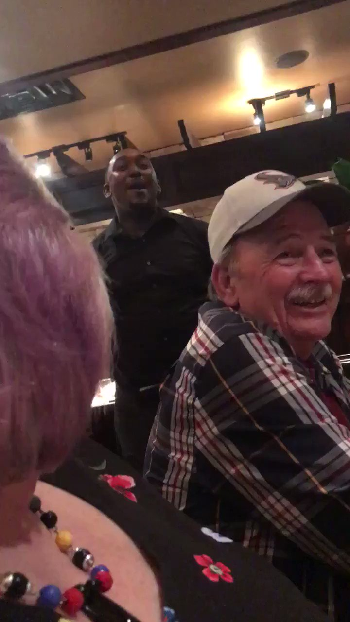 Best Happy Birthday song since Tevin Campbell on Fresh Prince. This waiter is killin it  (via Jukin Media)