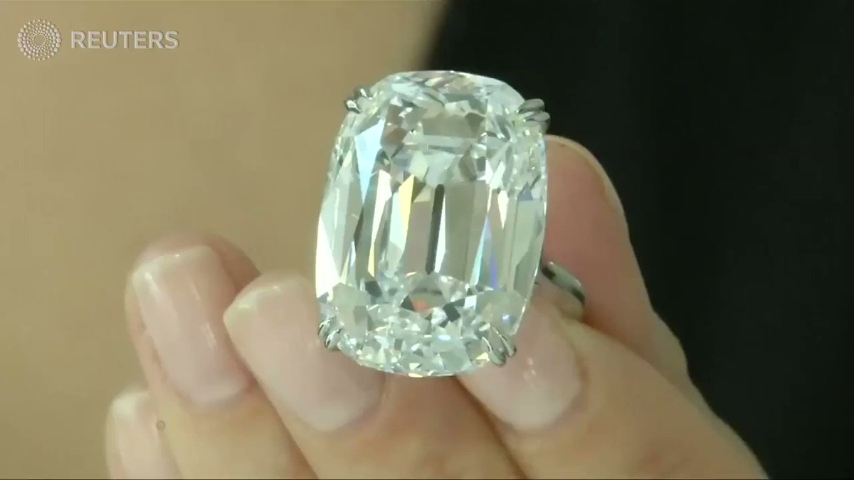 Diamond ring fetches $6.5 million at Christie's https://t.co/TI03eL2jdL