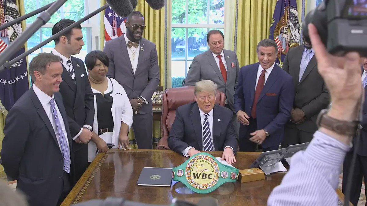 RT @WhiteHouse: Today, President Trump posthumously pardoned heavyweight boxing champion Jack Johnson. https://t.co/JzKP87ZxVM