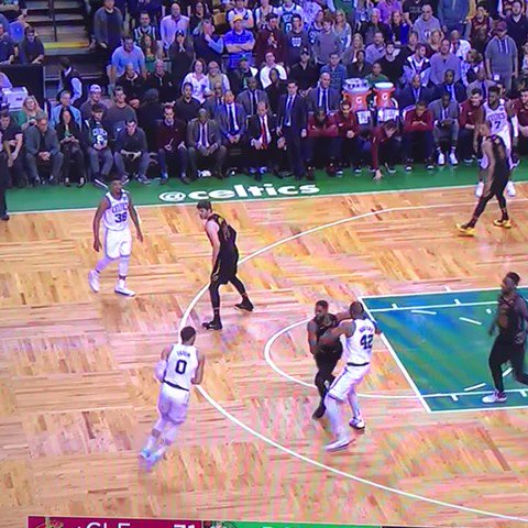 RT @World_Wide_Wob: Jayson Tatum dunks LeBron into oblivion and STEPS UP ON HIM!!!! https://t.co/PUaFPavpkK