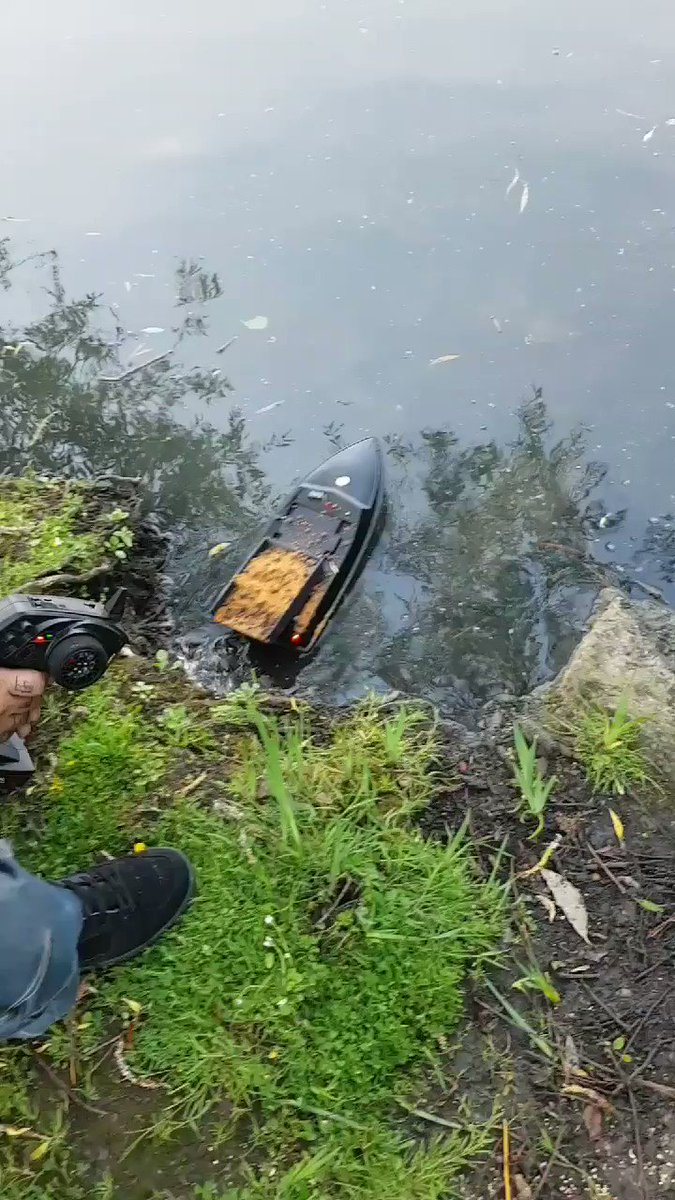 From everyday RC boat to bait boat 😁 #wellcarpy #CARPFISHING #<b>Baitboat</b> #bait https://t.co/