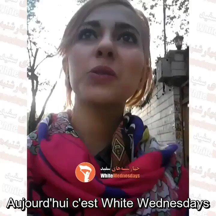 Une iranienne se promène dévoilée afin de manifester son opposition au voile obligatoire.  #NousSommesLeursVoix  #WalkingUnveiled https://t.co/L1uWHcEdgQ