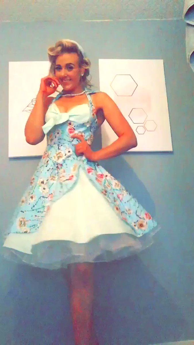 Just love this dress 😍 v6uYo8AJ7D
