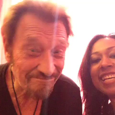 Teaching Johnny Hallyday how to use Vine... Happy Birthday to the boss!! We love you and miss you!
