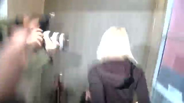 RT @leocantropo: @Sia escaping from Beyoncé's basement https://t.co/jhpCln3weS