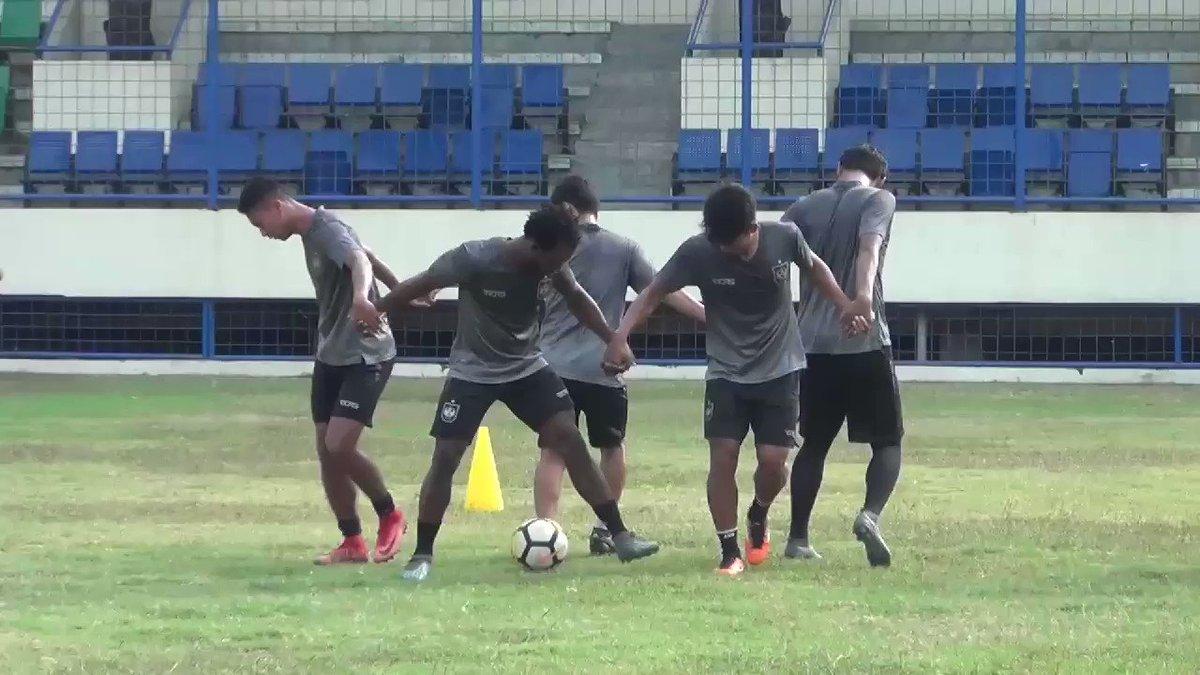 Latihan skuad PSIS Semarang di stadion Citarum Semarang, Jum'at (22/6) pagi. ����  #PSIS https://t.co/lw0TE4rXqE