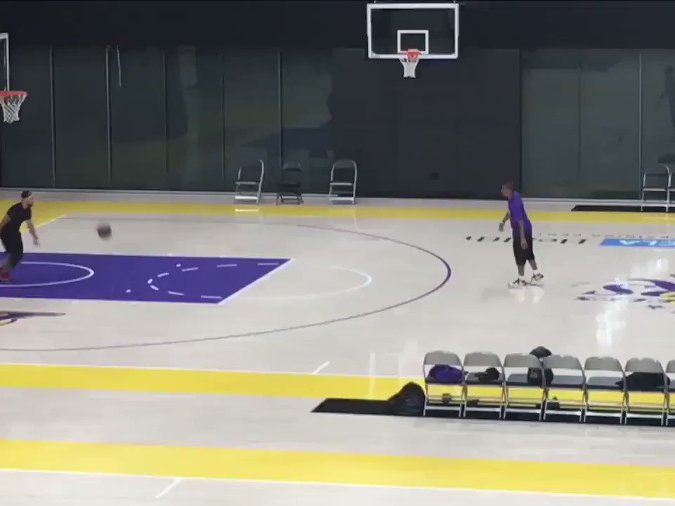 .@isaiahthomas got a quick late-night workout in at the @Lakers facility post-draft. (via @NotoriousOHM) https://t.co/nNSdKqRbF1