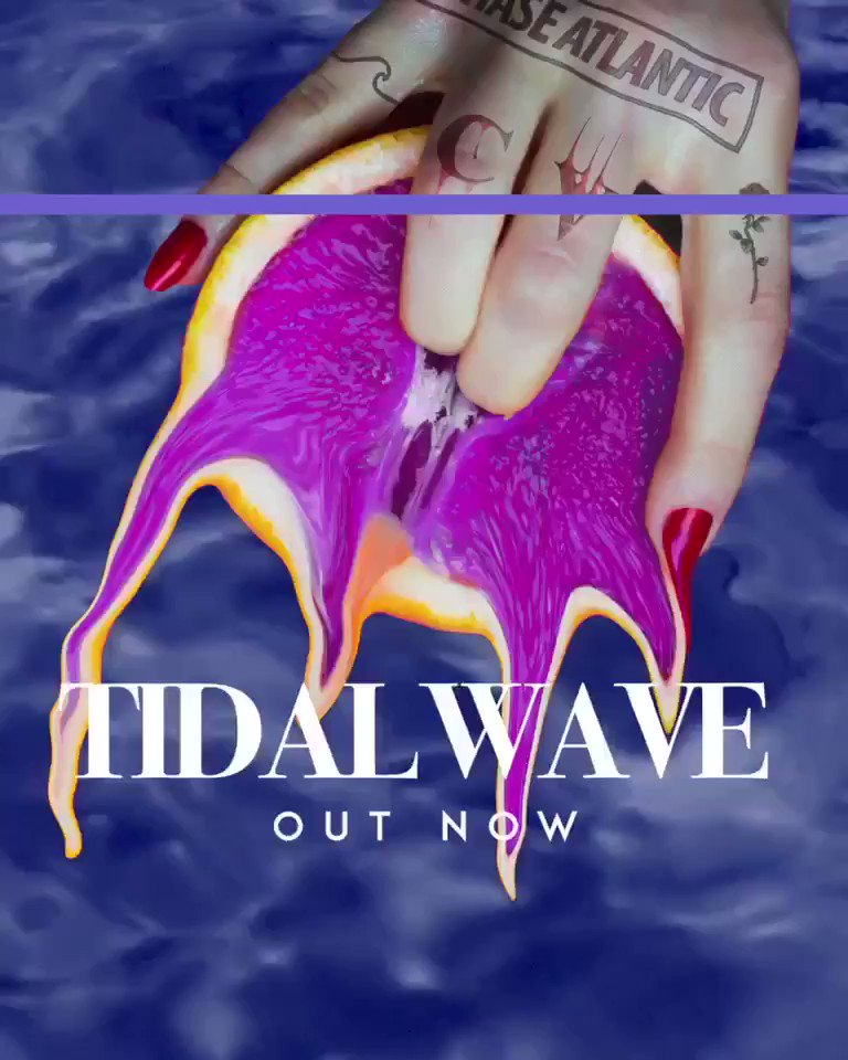 RT @ChaseAtlantic: LISTEN TO OUR NEW SINGLE 'TIDAL WAVE' ???? HERE: https://t.co/KqIMLofOFw https://t.co/12SqTrcOnS