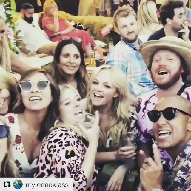 #housefestival crew!!! https://t.co/lUrvjLtMDB