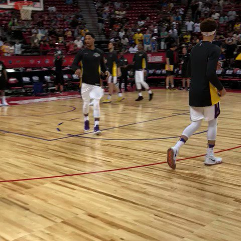 27 points on Tuesday.  @joshhart and @Lakers prepare for ESPN2 action vs. @LAClippers! #NBASummer https://t.co/Xa8wTcAJrA