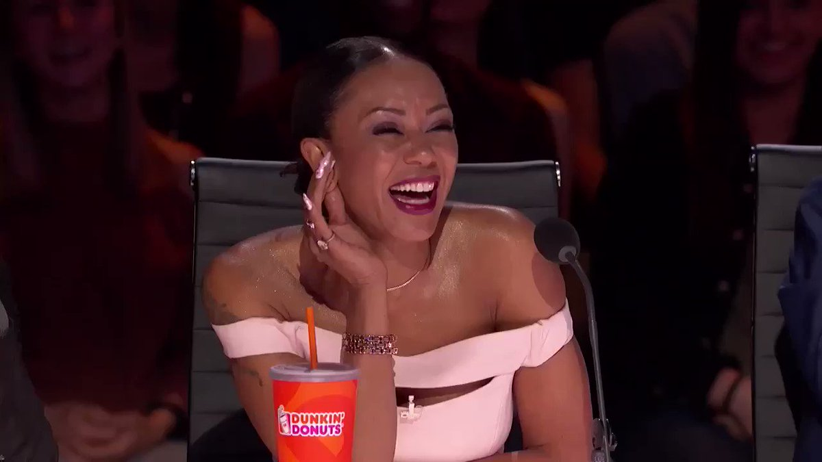 Oh My Gawd & OMG! It's time for #JudgeCuts TONIGHT at 8pm! #AGT #WomenWorkingHard #FreeAtLast #Boom https://t.co/ysCqoxEAU7