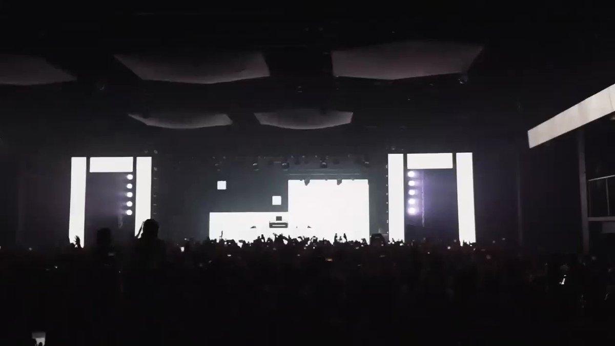 RT @Jauzofficial: WHEN DJ DIESEL ROCKS THE PARTY ???????????????????????????????????????????? https://t.co/3bkuCanaKp