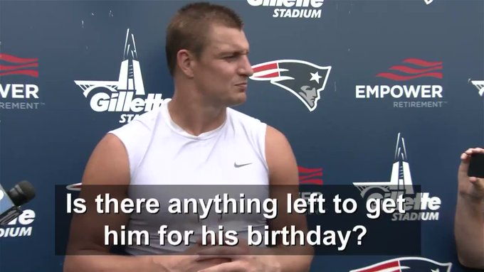 Happy Birthday Tom Brady! Enjoy your GIANT cake!