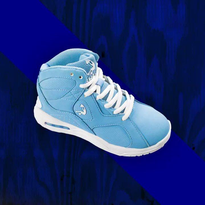 Little feet, big style! Get your kids back to school ready #ShaqShoes https://t.co/ckzJQrTrmg