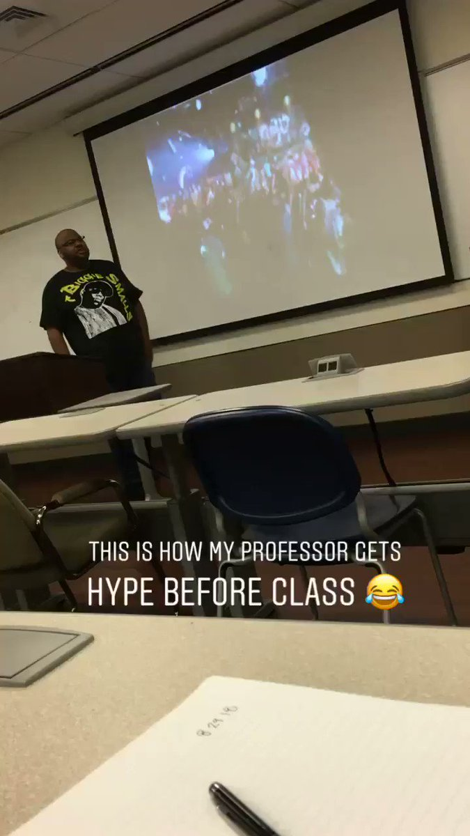 RT @SharonnNotShae: When your professor says he needs Lil Jon to hype him up before class starts ???????? https://t.co/MS6diI36FK
