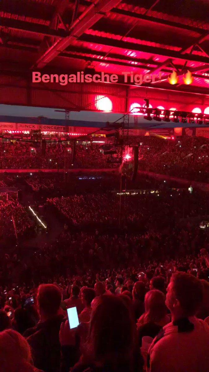 Mega Konzert heute Abend von #Alleoderkeiner ! Bin gut wieder in Hamburg angekommen! G8 ❤️