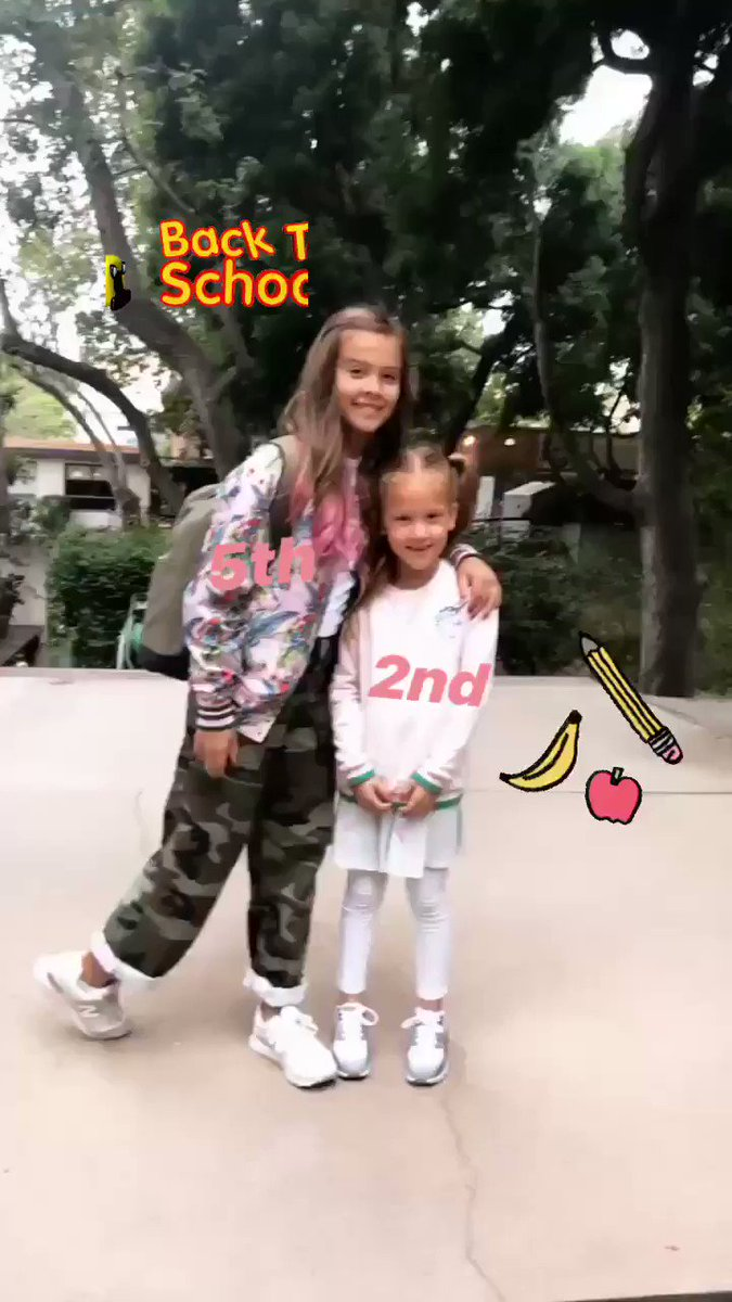 My babies are SO Big! #Back2School 5th grade and 2nd grade ???????????? #TimeFlies https://t.co/uD7WbkiOes