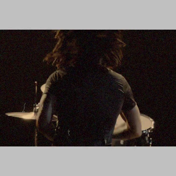 The brand new album Raise Vibration is out now!  https://t.co/Dh4EvbtNHo https://t.co/9KpyrFh06U